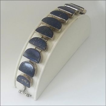 Traditional Indian Bracelet in Lapis